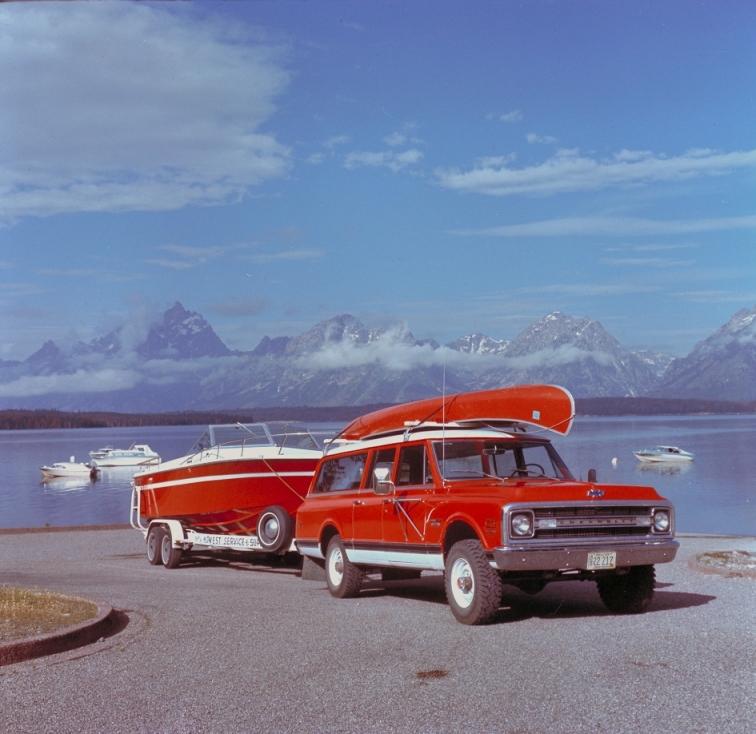دعوة للبحث أقدم سيارة سوبربان sammy_uzyJzR.jpg
