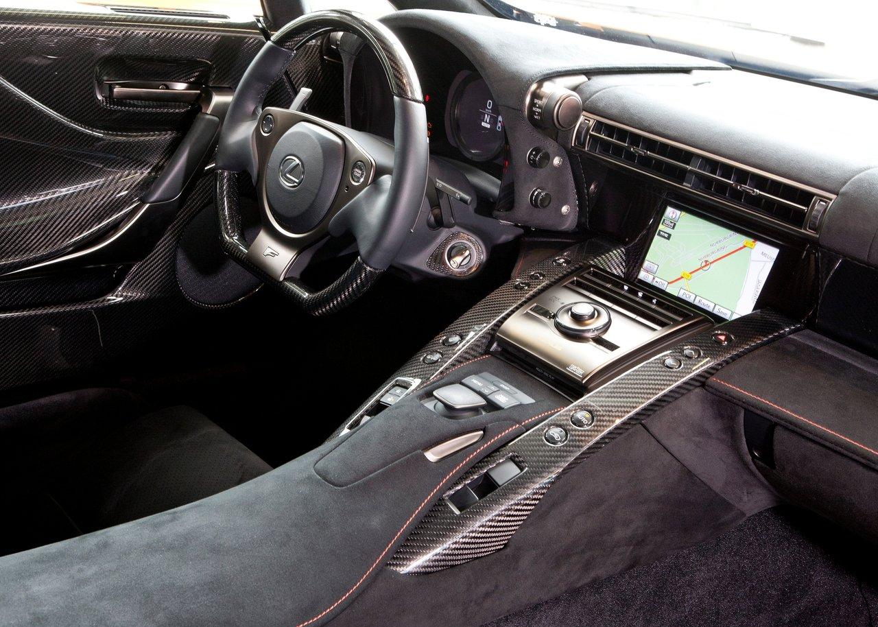 https://www.assayyarat.com/albums/Lexus/2012-Lexus-LFA-Nurburgring-Package/Lexus-LFA_Nurburgring_Package_2012_1280x960_wallpaper_26.jpg