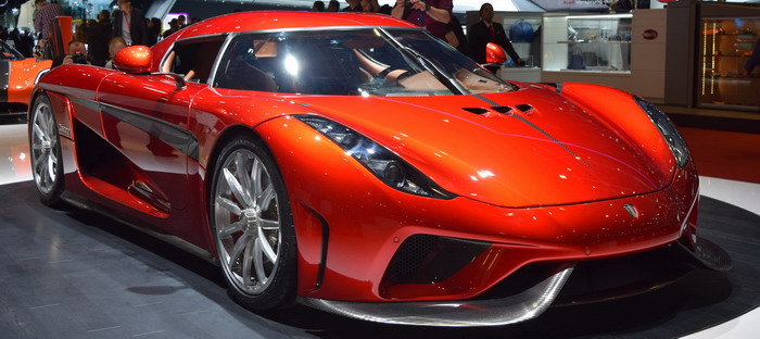Koenigsegg Regira back in Geneva in 2016 declares its supremacy over Bugatti Chiron