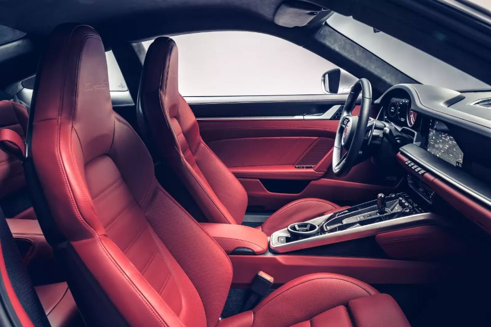 بورشه 911 تيربو S 2021