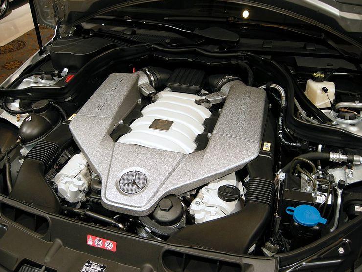 محركات V8