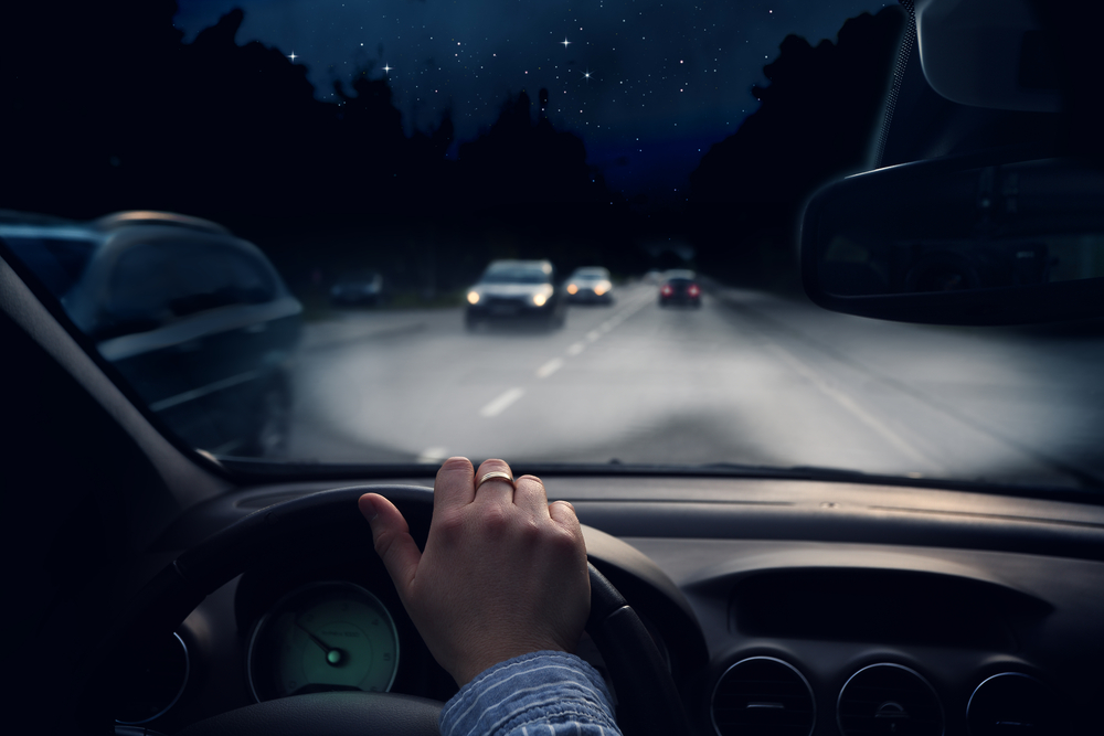 القيادة أثناء الليل