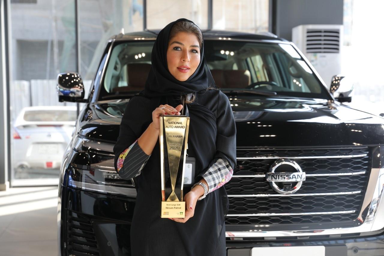 نيسان باترول أفضل سيارة دفع رباعي كبيرة في السعودية لعام 2020 من Pr Arabia السيارات الموقع العربي الأول للسيارات